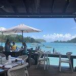 Del Place Bar and Restaurant Foto