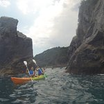 Short Paddle SEA KAYAKING TOUR