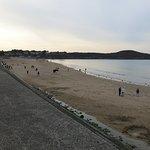 La pointe de la garde Guérin et la plage de Longchamp.