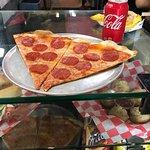 2 Slice pepperoni and soda $7.5