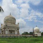 Foto di Qutab Shahi Tombs