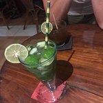 Foto de Mingle Cafe Bar