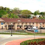 Express Inn & Suites Junction City