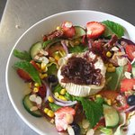 Baked Goats Cheese Salad with Caramelized Onion Relish
