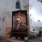 Statua della Madonna con turco in catene