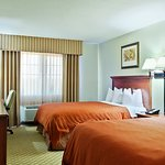Country Inn & Suites by Radisson, Decatur, IL