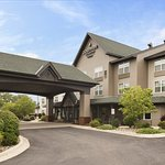Country Inn & Suites by Radisson, St. Cloud East, MN