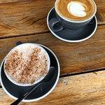 chai latte and latte