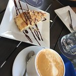 So delicious....baklava cheese cake!
