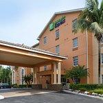 ホリデー イン エクスプレス ボニカ スプリングス ホテル