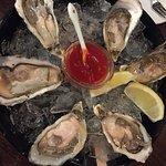 Oyster Station Snack & Oyster Bar (樂富)照片
