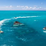 Explore the Vixen Shipwreck on our 75 Minute high-speed, guided jet ski tour