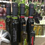 Huge Selection of EVOO's and Flavored Oils & Vinegars