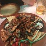 Foto van Zorbas Greek Taverna