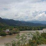 Puente de Occidente sobre el río Cauca