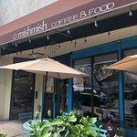 Foto de Mishmish Cafe