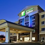 Holiday Inn Express Hotel & Suites Statesville