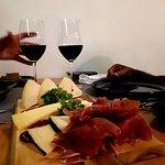 Tábua de queijos e enchidos