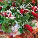 Pizzeria Pozzuoliの写真