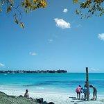 Foto La Cuvette Public Beach