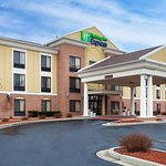 Holiday Inn Express Hotel & Suites Martinsville