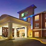Holiday Inn Express & Suites Manassas