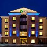 Holiday Inn Express Cleveland-Richfield