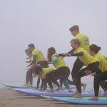 Linha de Onda - Surfing School-billede