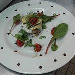 Mille feuilles aubergine-courgette et fromage frais aromatisé...Très frais !