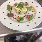 Mille feuilles monté aubergine-courgette planchées et fromage frais aromatisé...