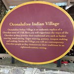 Oconaluftee Indian Village resmi