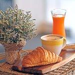 Chou Chou Deli Shop - Petit Dejeuner