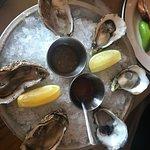 La Docena Oyster Bar & Grill Foto