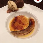 Banana creme brulee (Salted caramel ice-cream, chocolate macaron)