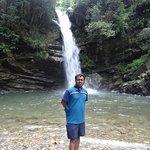Foto van Bhalu Gaad Waterfalls