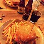 hamburger + stout + blond