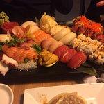 Iya Sushi and Noodle Kitchen의 사진