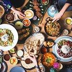 Czekamy na Was z kartą pełną aromatycznych, orientalnych dań, które porwą Was w kulinarną podróż