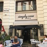 Foto di simply raw bakery