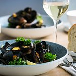 Moules Frites & Wine