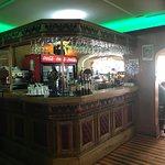 Pequño bar, buenos tragos
