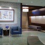 三角洲卡尔加里机场酒店