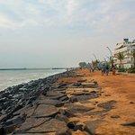 صورة فوتوغرافية لـ Rock Beach