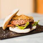 Burger de buey y Foie con cebolla carelizada