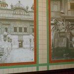 Väggdekoration i den indiska restaurangen.
