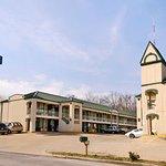 Days Inn by Wyndham Nashville Saint Thomas West Hospital