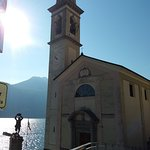 La chiesa ed il monumento ai caduti