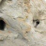 Trous creusés par les Maures pour filtrer l'eau