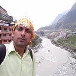 selfie from badrinath bridge