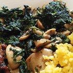 Garlic Spinach & Mushrooms